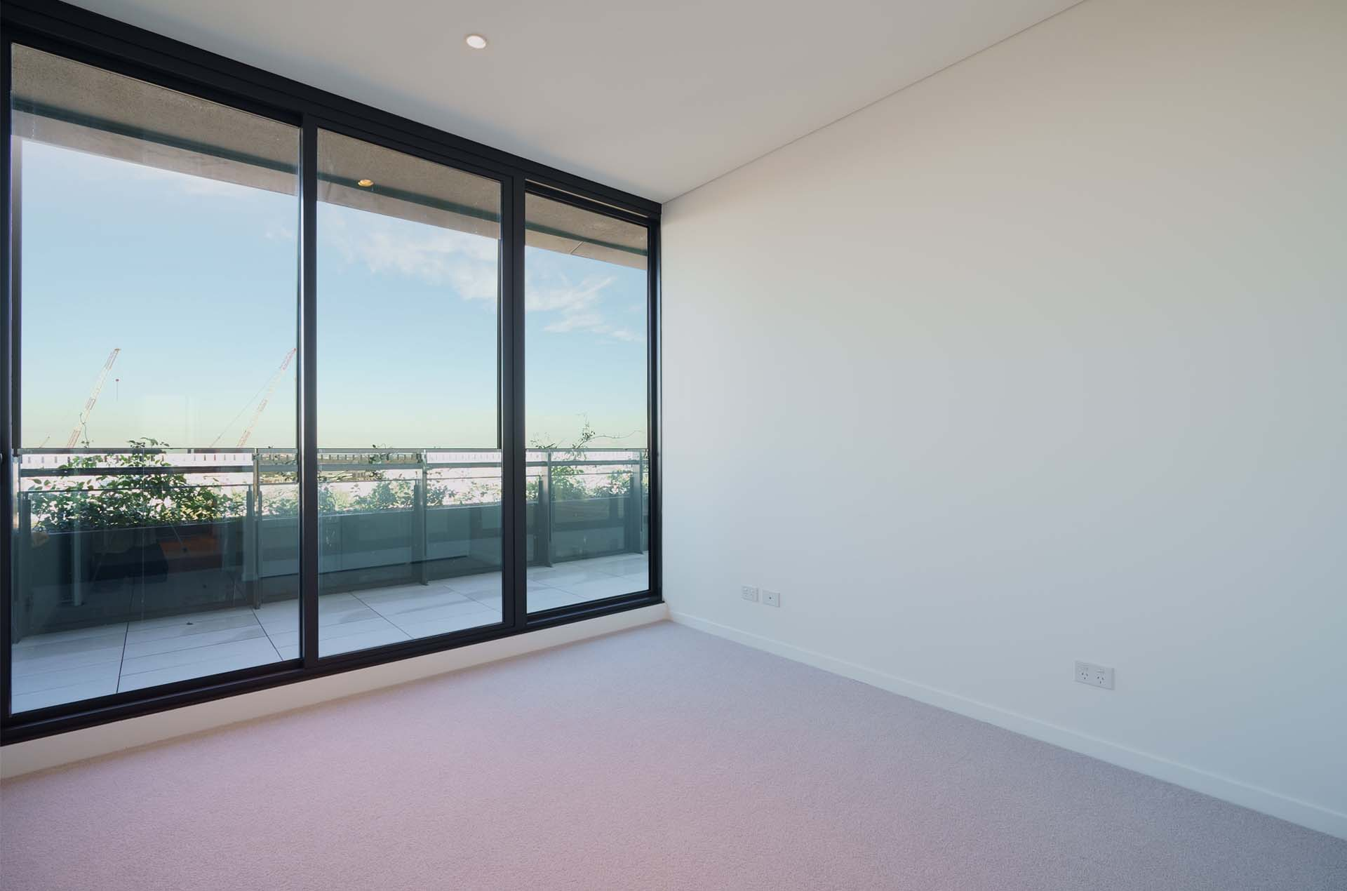 3 bedroom apartment for lease in infinity by crown